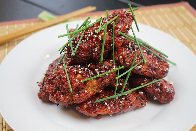 Gochujang Korean BBQ Dusted Chicken Wings